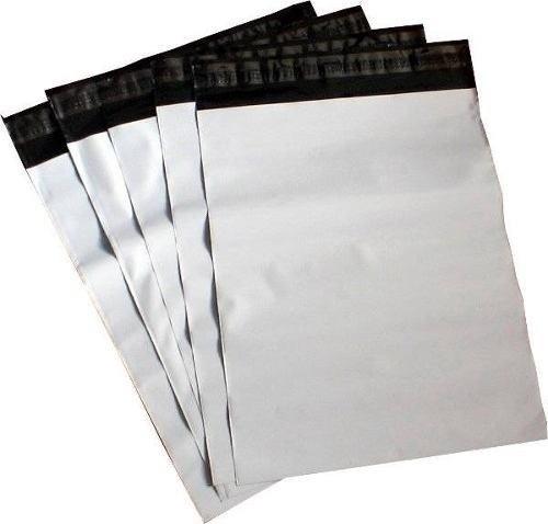 envelope com adesivo